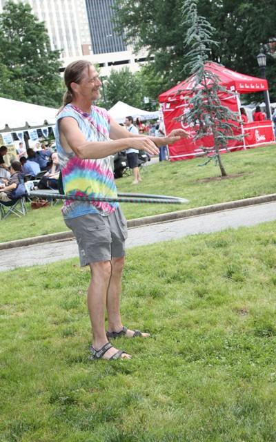 Look at me. I'm hula hoopin',  man!